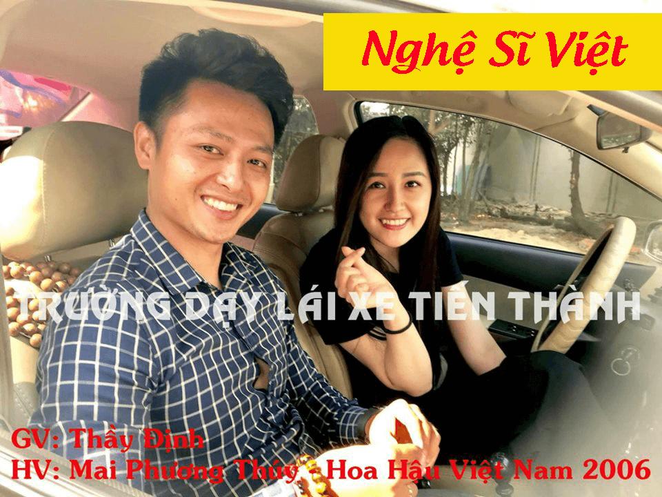 Hình ảnh tập lái với Tiến Thành của Hoa hậu Mai Phương Thuý